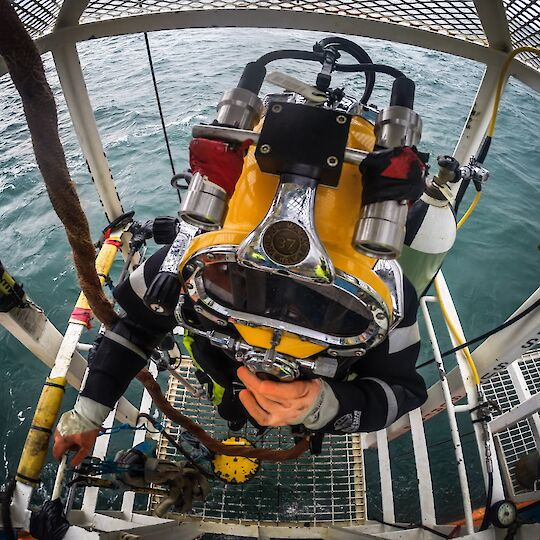 Commercial Diving services - Hughes Subsea
